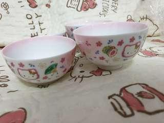 🚚 Hello Kitty Butterfly Rice Bowls x 4