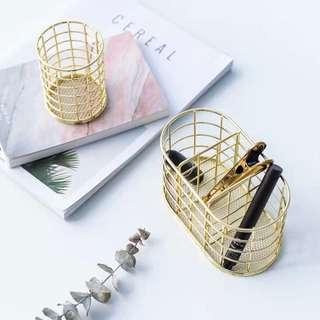 🚚 Carpet Gold Cage Stationery Accessories Holder Stand