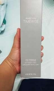 Mary Kay Timewise Age Minimize 3D 4-in1 cleanser