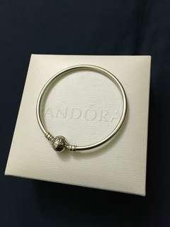 Pandora Bangle size 17cm