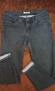 TURUN HARGA!! Celana Jeans Tripl3