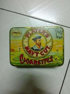 Gold Leaf Player's Navy Cut Cigarettes Square Tin Vintage
