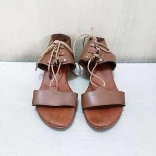 🎈SALE🎈PARISIAN Lace Up Brown Heels