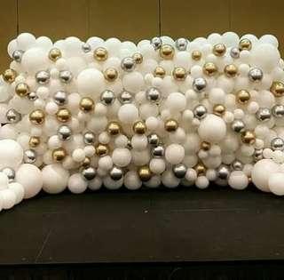 Wall balloons