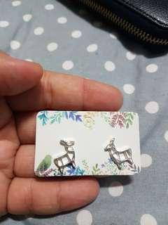 🚚 Origami earring