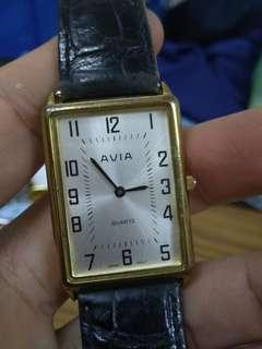 Vintage Avia Gent Dress Watch