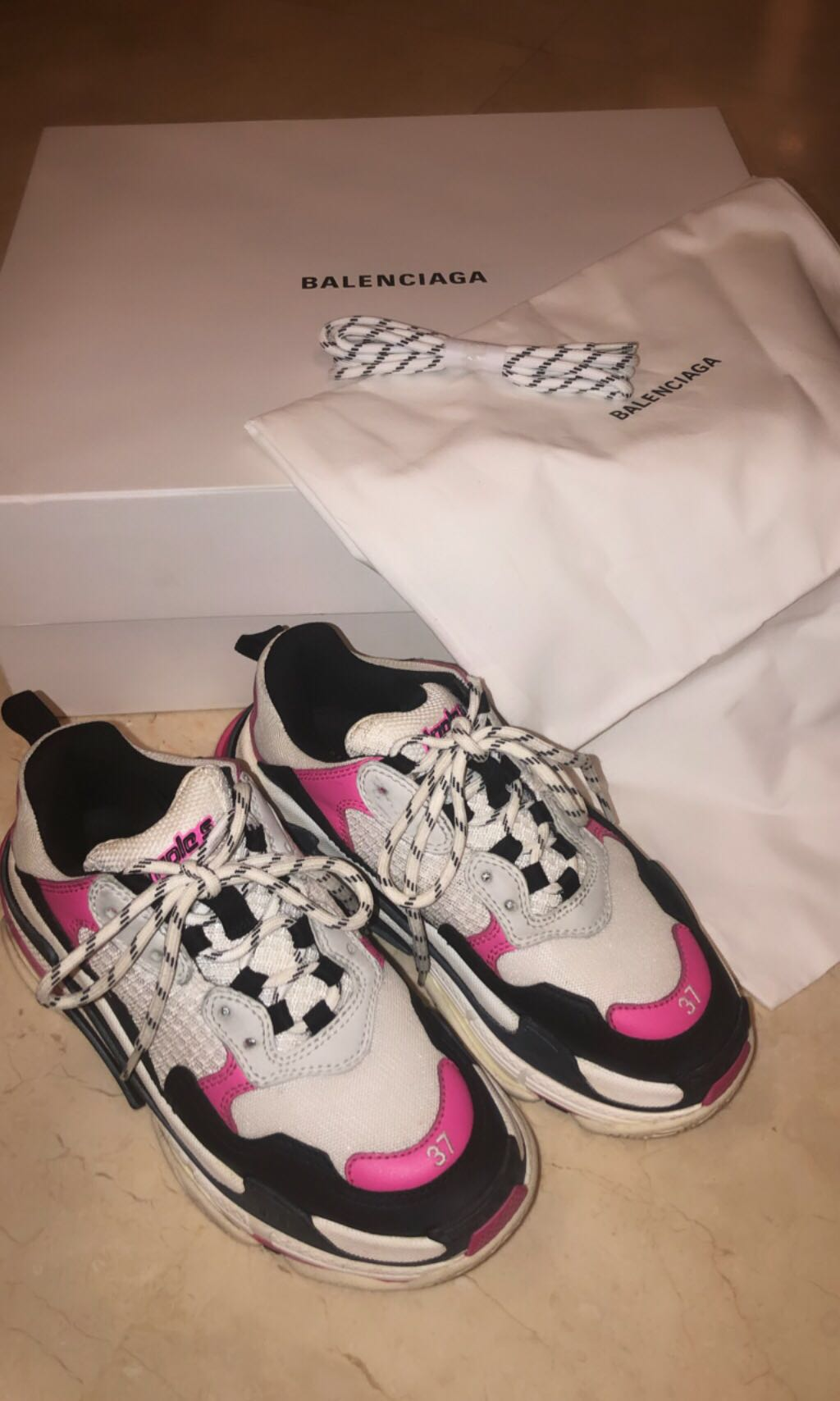 c8fa4f7326 BALENCIAGA Triple S pink, Women's Fashion, Shoes, Sneakers on Carousell