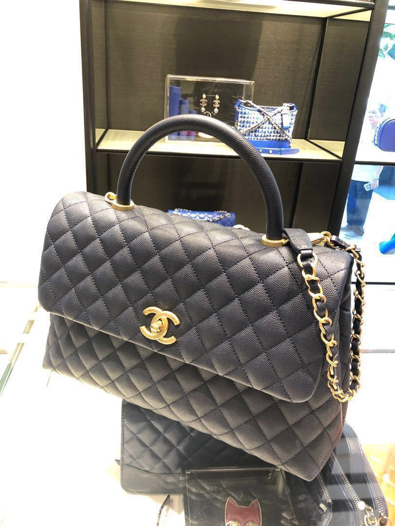 0057299033af Chanel Coco Handle Large (Bnib) Navy