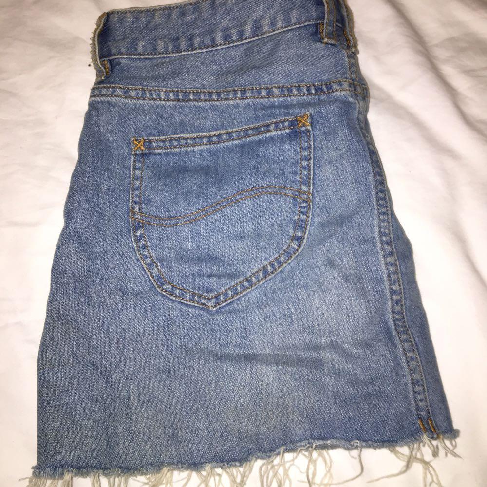 denim levis skirt barely worn, bought for around $100