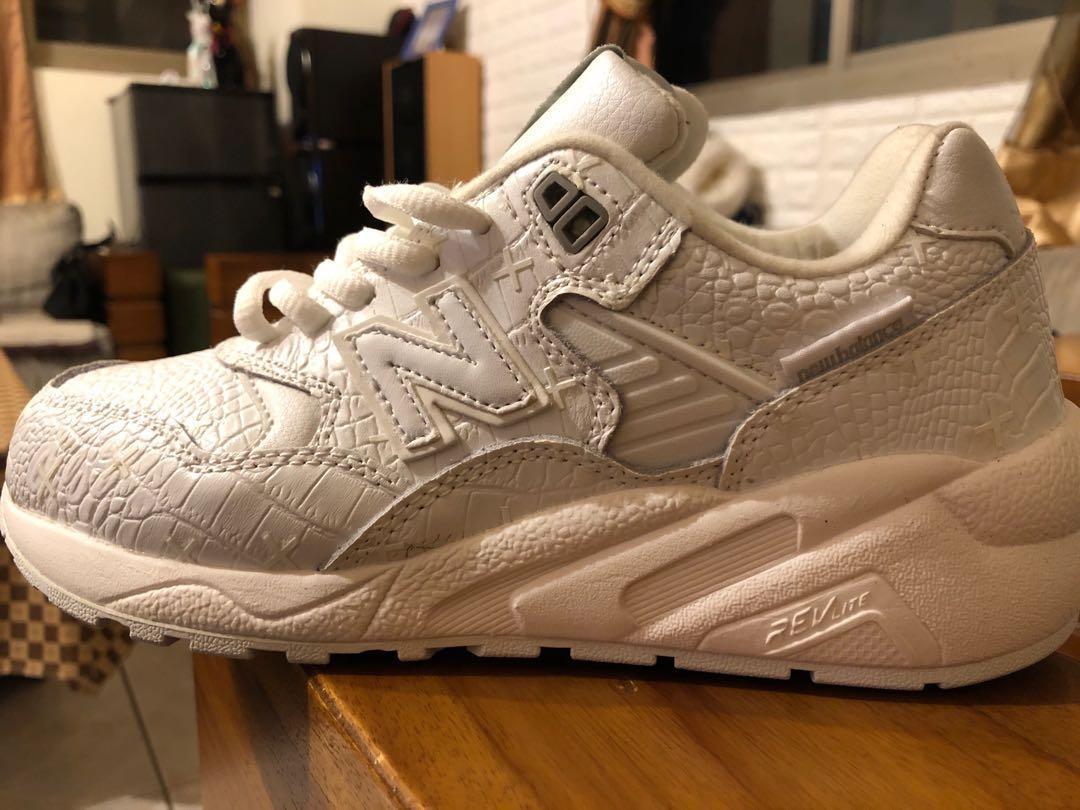 Newbalance 純白色運動鞋 跑步鞋 休閒鞋