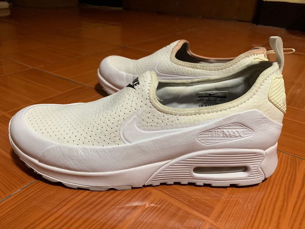 Preloved Auth Nike Women's Air Max90 Ultra 2.0 Ease Triple White Slipon Sneakers