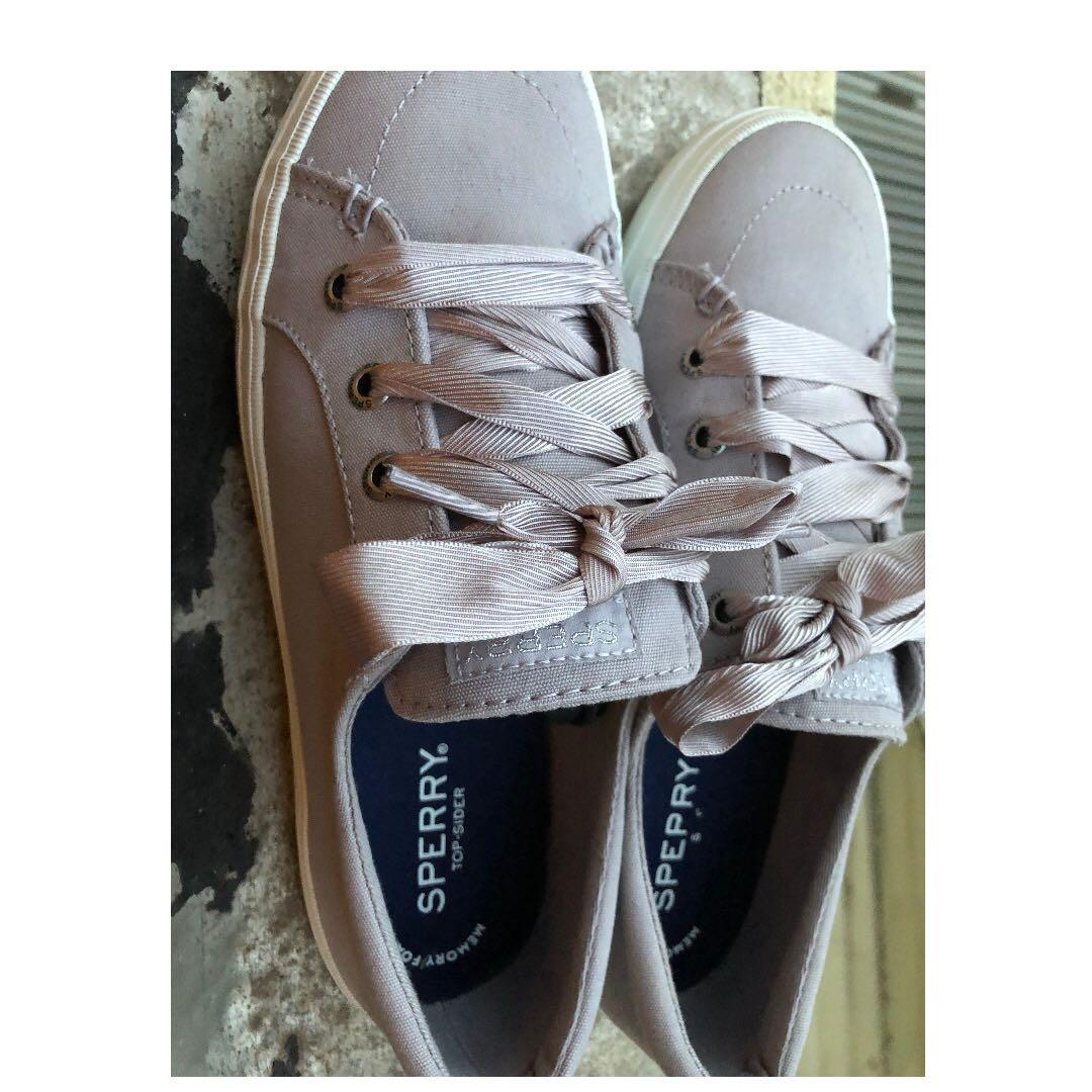 Size 7 Sperry satin lace women's memory foam top sider sneakers