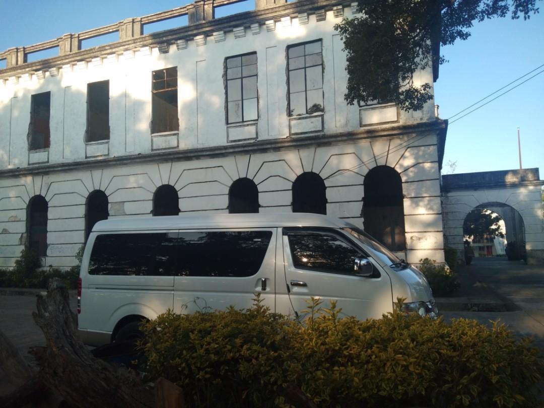 Van rentals,. Accept all mmanila and provincial trips,..09554629634