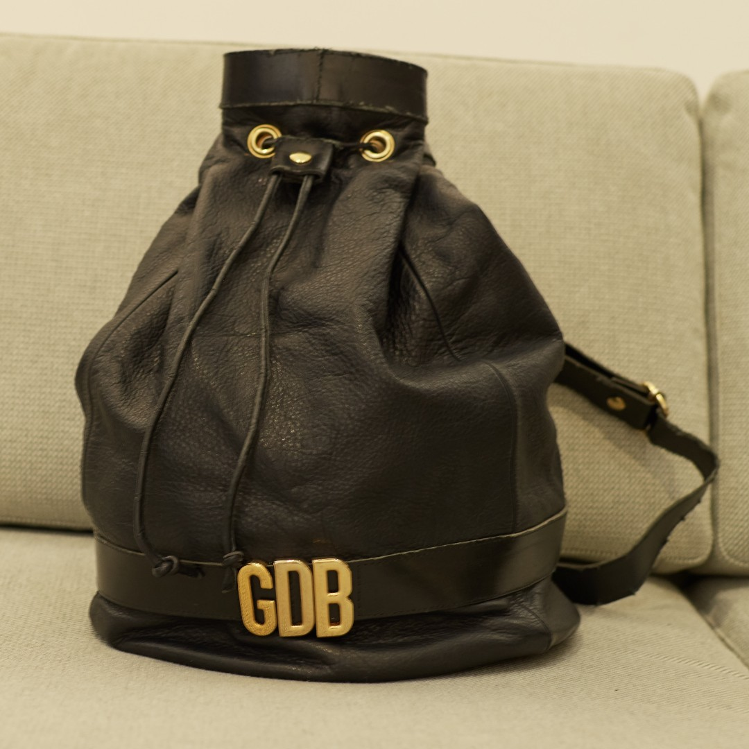 6c3aff2bdca Vintage Black Bucket Duffle Drawstring Bag, Women's Fashion, Bags ...