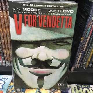 🚚 V FOR VENDETTA NEW EDITION TP! BRAND NEW! 296 PAGES!