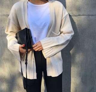 🚚 米白粗針織外套
