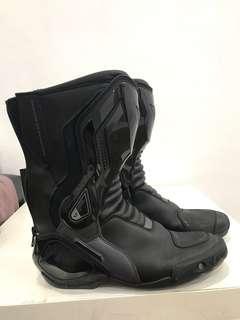 Dainese boot Alpinestar