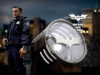 🚚 Hot Toys John Blake with Bat Signal The Dark Knight Rises