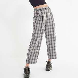 URBAN OUTFITTERS PLEATED PLAID ARLO PANTS Size M