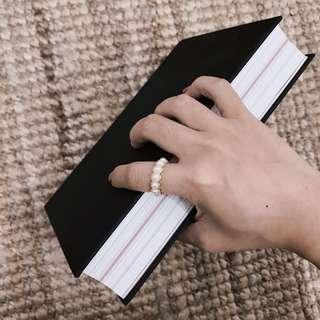珍珠金邊戒指