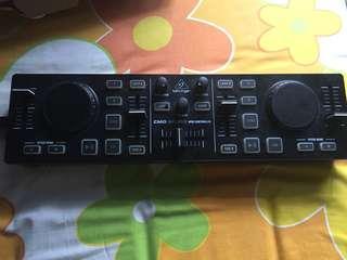 Dj controller Behringer CMD micro