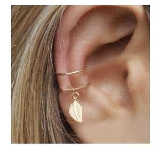 Gold leaf ear cuff (no piercing)