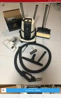 Delphin Air and Room cleaning system