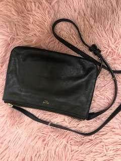 Celine bag clutch cross body hand bag leather handbag black gold