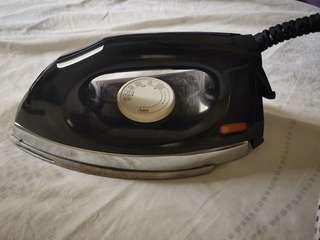 Panasonic dry iron