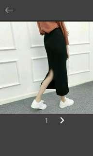 🚚 黑色針織包臀裙