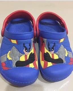 Sandal crocs non ori