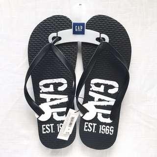 5ae6e4a83d02 Gap Men s Black Flip-Flops (Size 10)