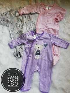 Take All 0-3 months frogsuits for baby girl
