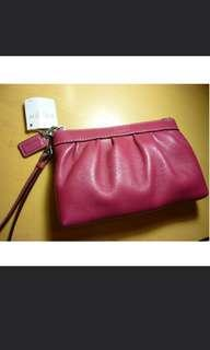 COACH PINK LEATHER WRISTLET F43431