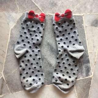 daiso polka dot socks