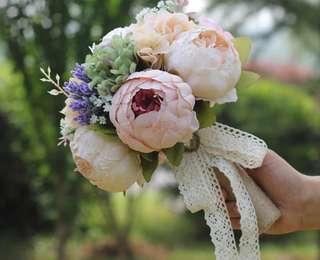 🚚 Wedding Hand Flower Bouquet