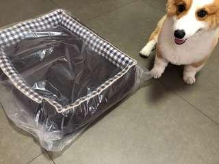 🚚 Dog Bed