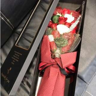 SUPER LUXURY soap flower roses with box