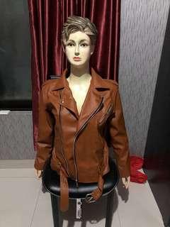 Brownie leather jacket turun harga