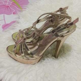 SALE‼️Forever21 heels