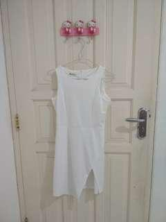 White dress new