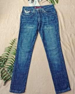 Embroidery blue jeans