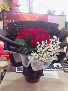 🚚 Flower bouquet