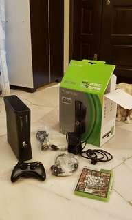 Xbox 360 - parts only, not working