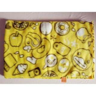 B. Duck 黃色頸巾 #sellmar19