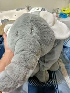 🚚 Costco大象墊 抱枕