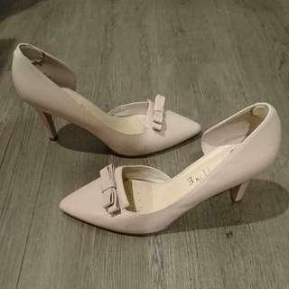 🚚 DAPHNE 達芙妮 裸色 粉色 高跟鞋