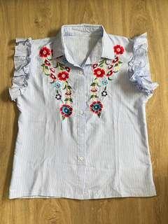 Embroidery Stripe Top / Atasan garis2