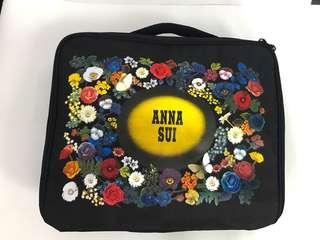 🚚 Anna sui 收納包