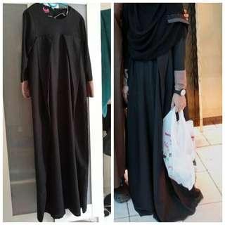 Hana black jubah